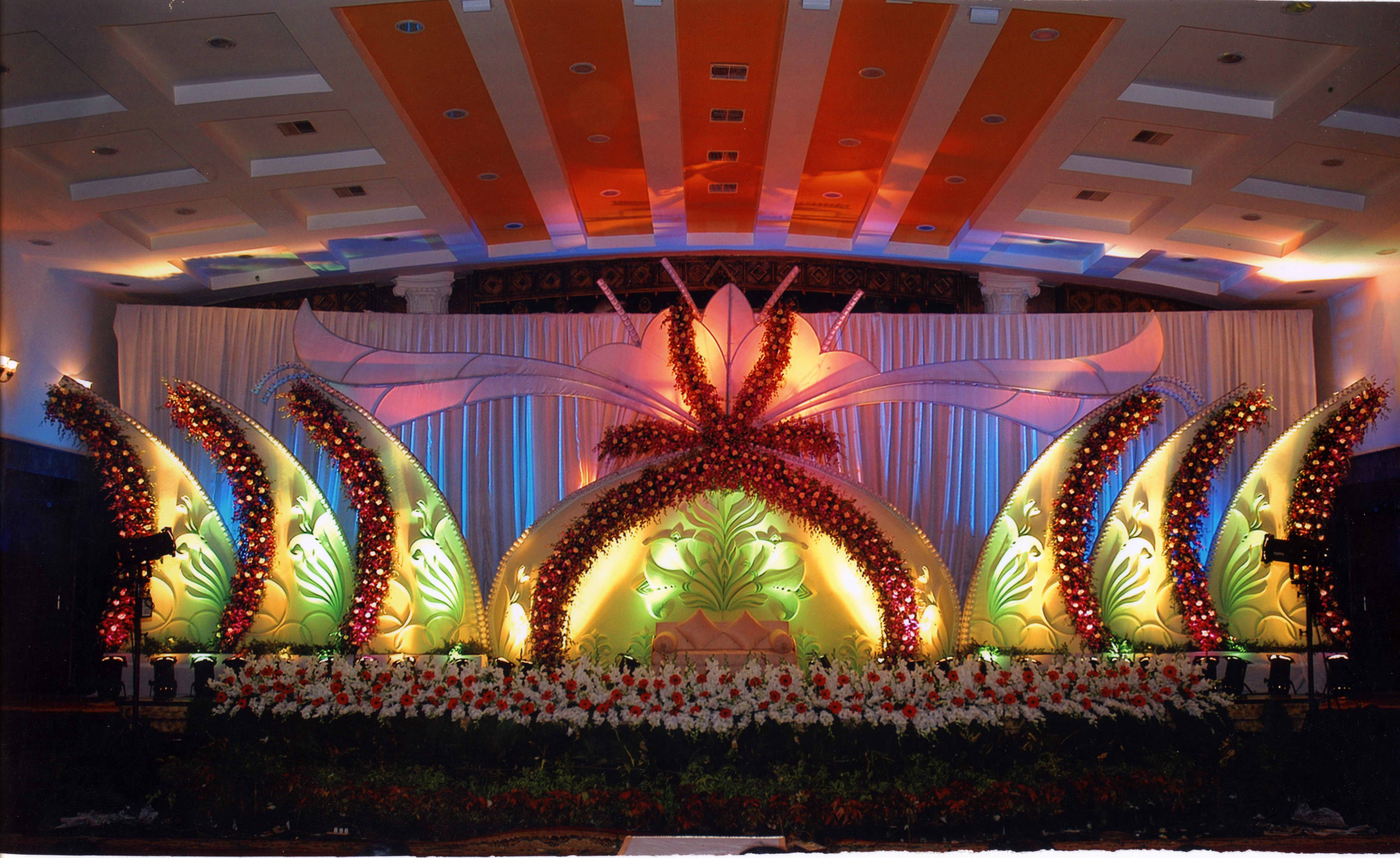 Party decorators and flower decorators wedding and for Balloon decoration birthday party hyderabad