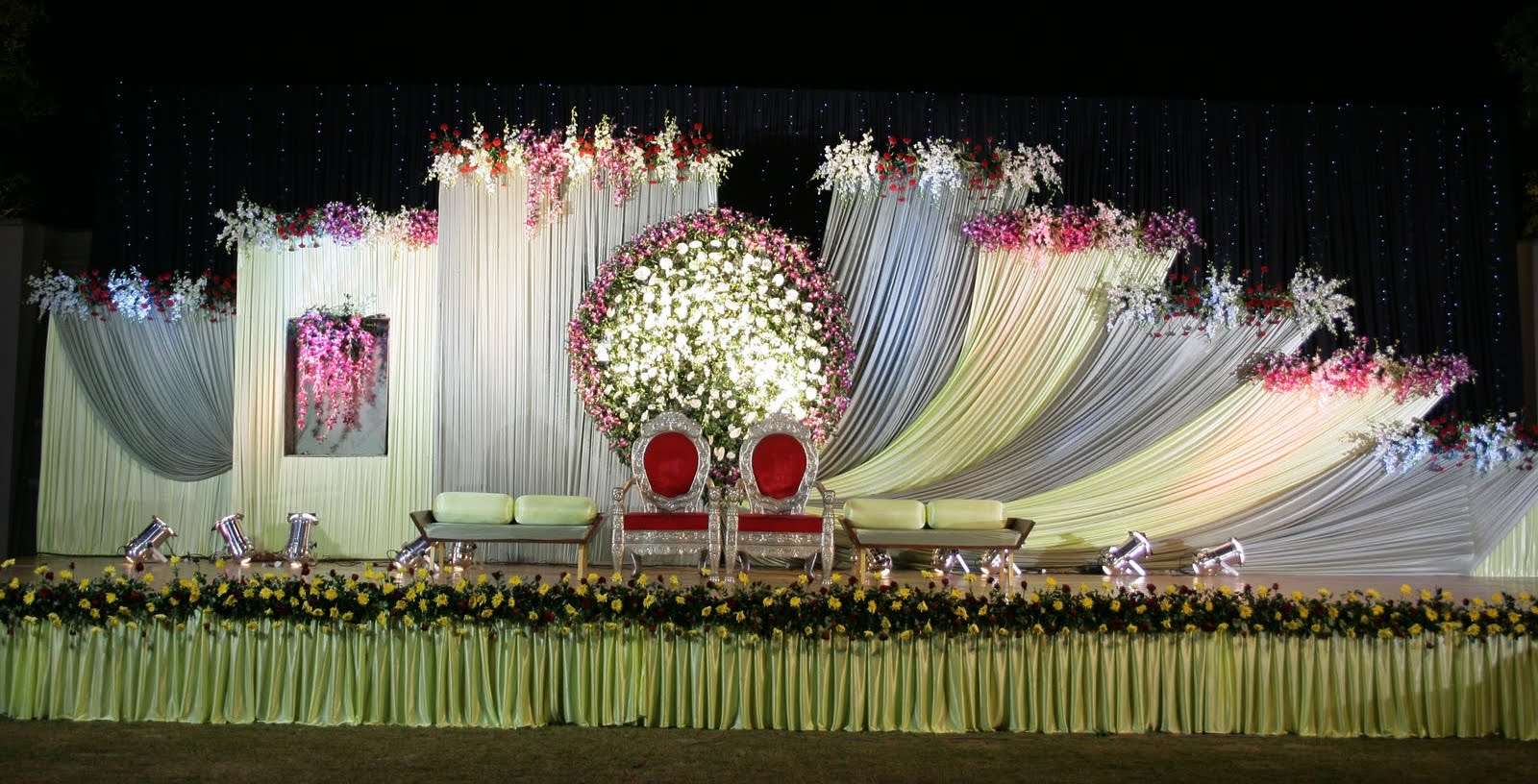 Reception decorations engagement decorators sangeet for Wedding event decorators