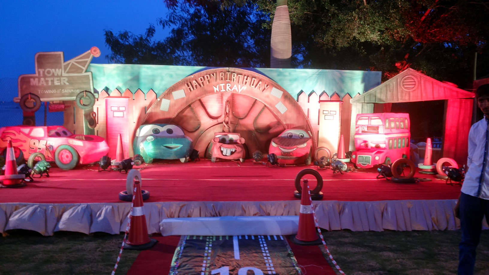 Birthday party stage decorators and birthday party for Balloon decoration for birthday party in hyderabad