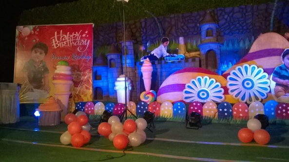 birthday party decorators, kids birthday party organisers in hyderabad www.shobhasentertainments.org (61)