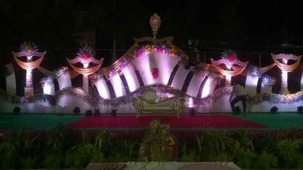 reception and wedding decorations (7)
