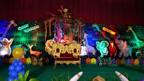 Jungle safari theme