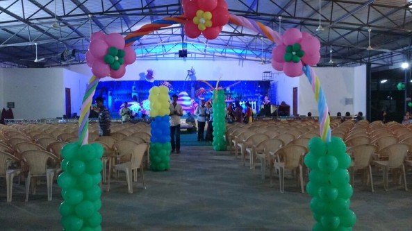 Birthday party organizers and event organizers