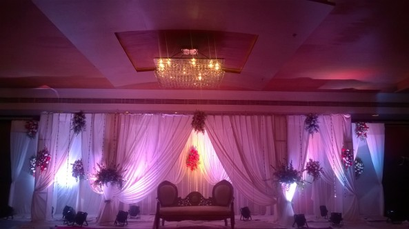 Reception Decorators And Flower Decorators And Wedding Decorators