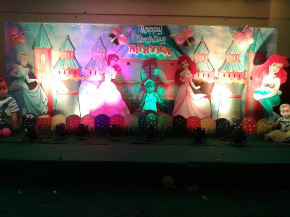 Shobha 39 s entertainments wedding planners and birthday for 1st birthday stage decoration hyderabad