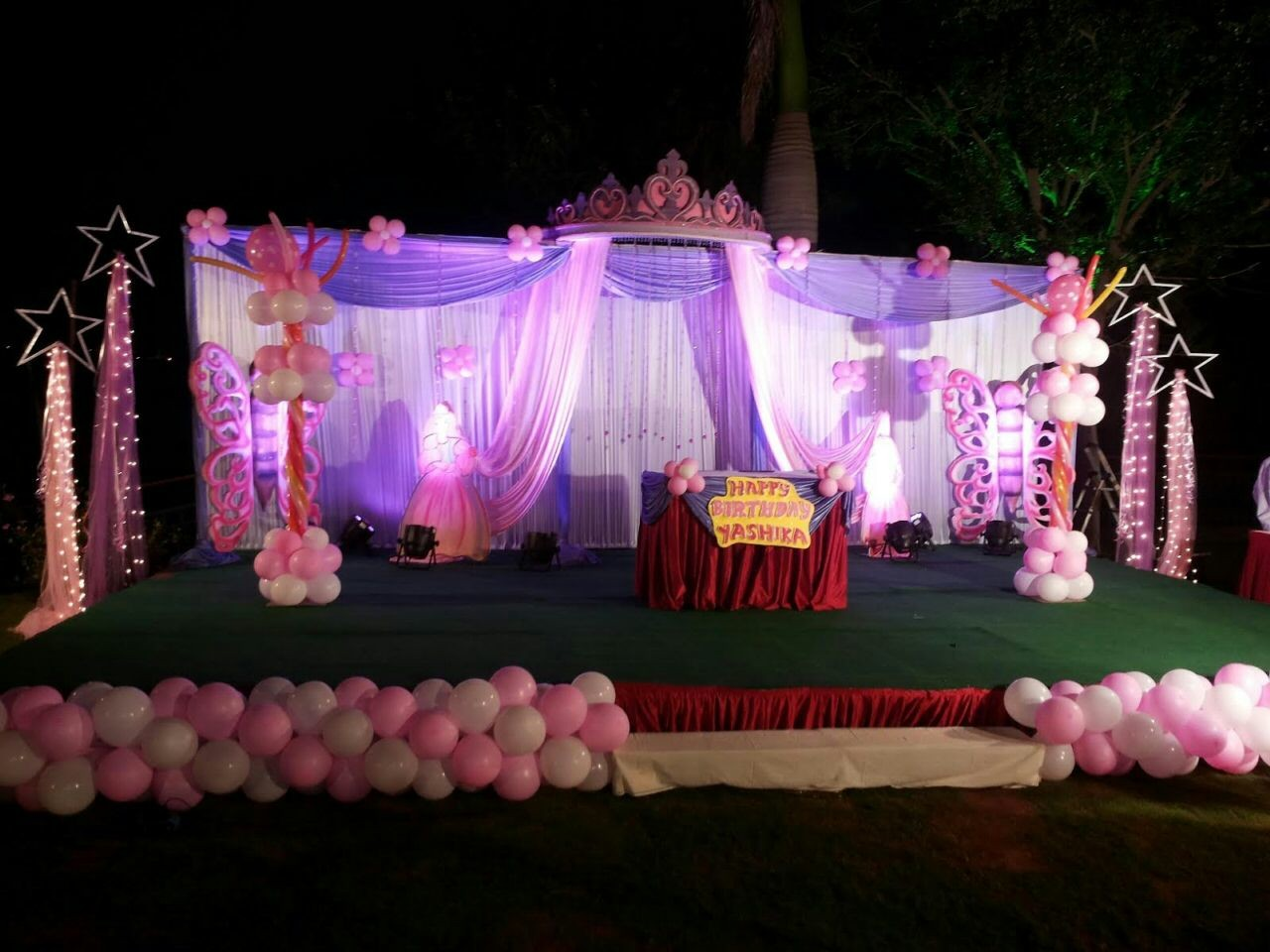 Kids birthday stage decorators and birthday event managers for Baby girl birthday party decoration ideas