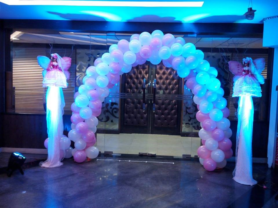 Birthday party stage balloon decorators and girls birthday for Balloon decoration in hyderabad
