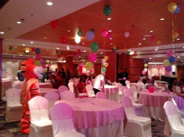 birthday stage balloontheme decorators and birthday event organizers in hyderabad