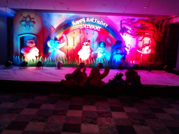 birthday stage balloontheme decorators and birthday event organizers in hyderabad