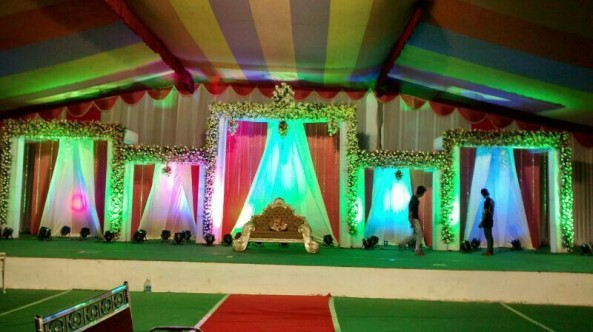 flower decorators, wedding and marriage mandap decorators and reception sangeet stage decorators in hyderabad (4)