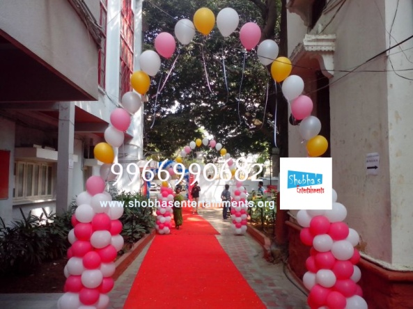 Balloon arches (2)