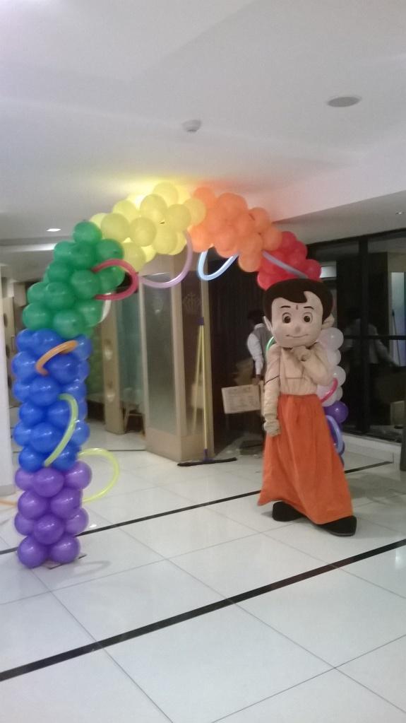 Balloon arches (3)