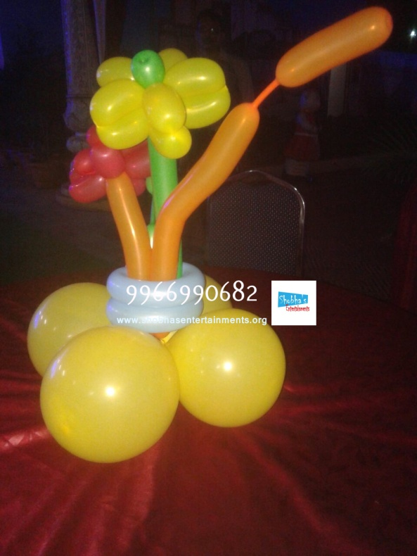 Balloon pillars (2)