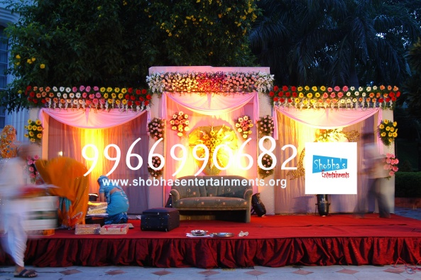 Reception decorations,engagement decorators, sangeet ceremony organizers , wedding flower decorations and event organizers in Hyderabad (72)