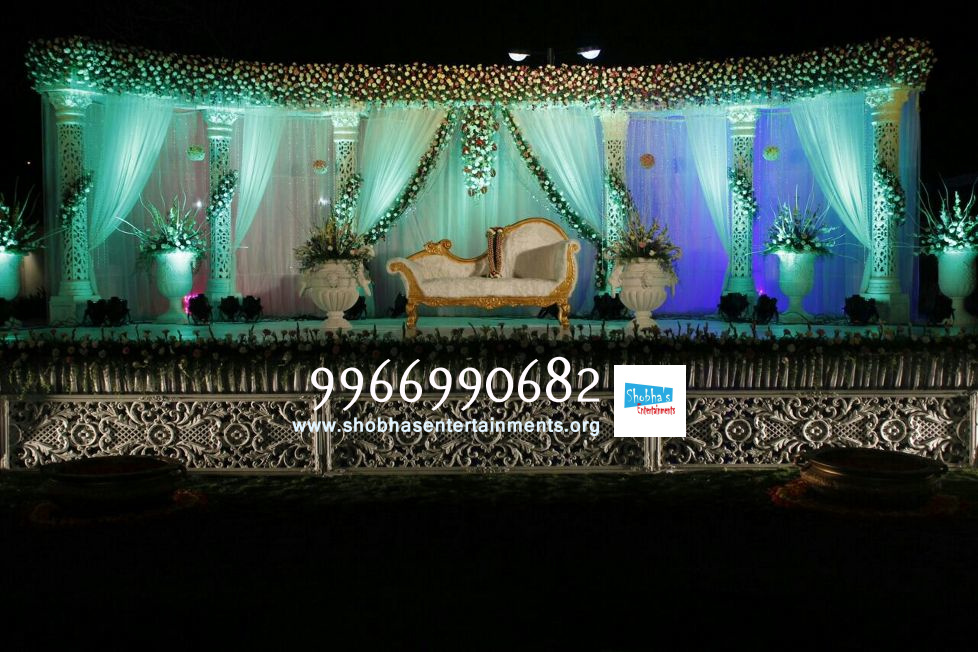 Reception stage sets flower decorators in hyderabad shobhas wedding stage flower decorators in hyderababd junglespirit Choice Image