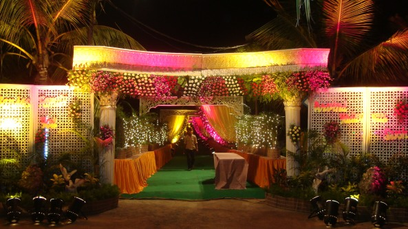 Reception decorations,engagement decorators, sangeet ceremony organizers , wedding flower decorations and event organizers in Hyderabad (102)