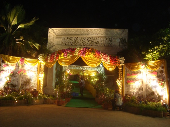 Reception decorations,engagement decorators, sangeet ceremony organizers , wedding flower decorations and event organizers in Hyderabad (80)